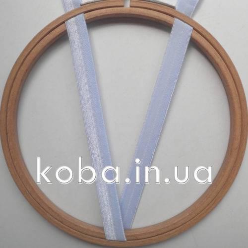 Эластичная бейка голубого цвета