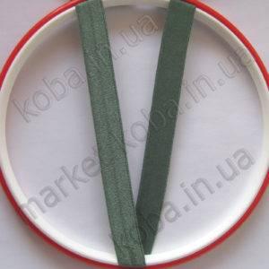 Эластичная бейка зеленого цвета