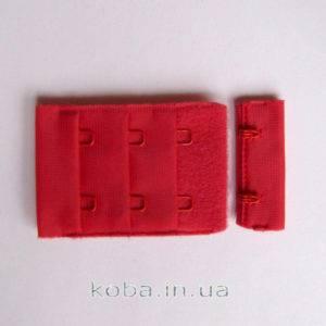 Застежка для бюстгальтера красного цвета